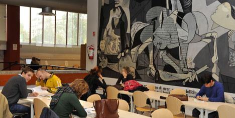 Nuova biblioteca centrale di architettura inaugurazione for Architettura politecnico di milano