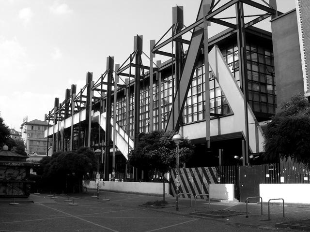 Itinerari di architettura milanese giugno 2015 for Architettura moderna della casa