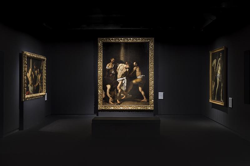 Centro Mobili Design Caravaggio.Il Mondo Di Caravaggio A Napoli Nell Allestimento Tra Ombra E