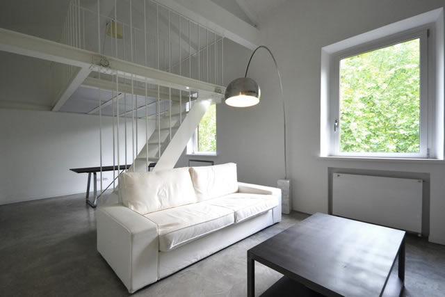 Arredamento Camera Da Letto In Mansarda : Loft ai parioli stile minimal e design dei «maestri