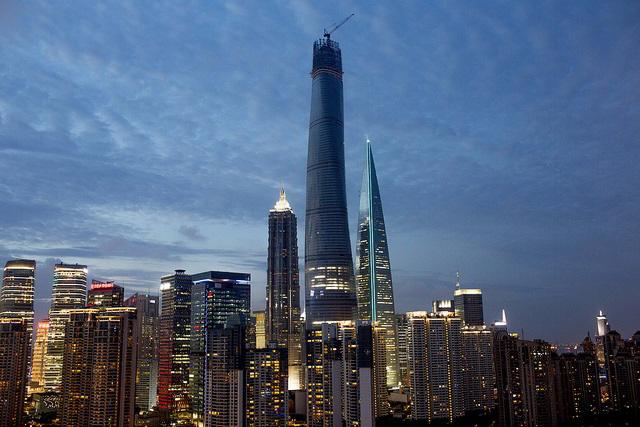 shanghai tower in via di ultimazione il secondo