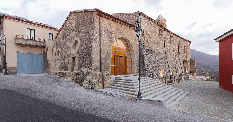 Da convento a struttura ricettiva, a Cuccaro Vetere il restauro di Franco Luongo raccontato dagli scatti di Carlo Oriente