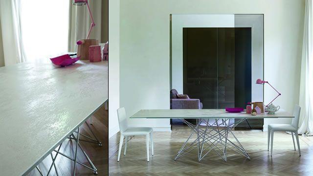 Bonaldo presenta il tavolo Octa con il nuovo piano in ceramica (Laminam®)