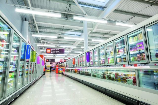 """Sainsbury's """"fa la spesa"""" con i LED"""