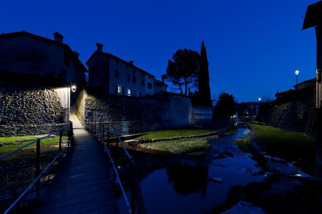 LED e telegestione nel borgo antico