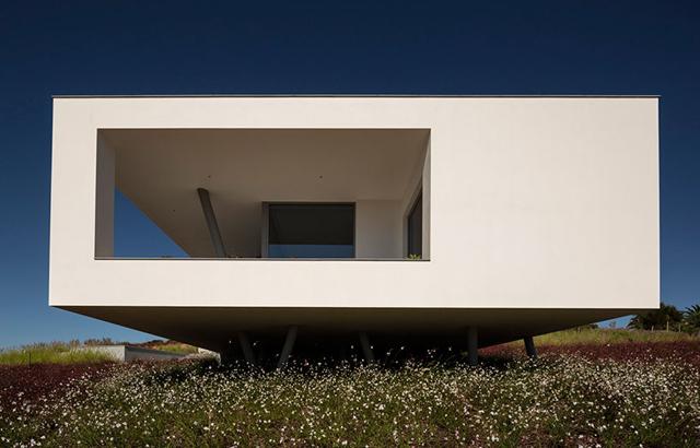 Zauia house: tra leggerezza e trasparenze