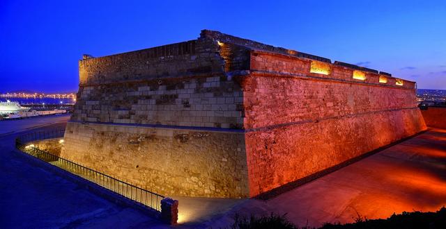 Victoria Grande Fortress, uno splendore di luce
