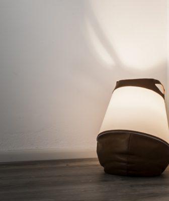 Lampada Sacco: artigianato made in Italy