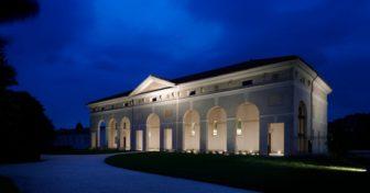 Illuminazione d'effetto per gli uffici e lo showroom RubensLuciano