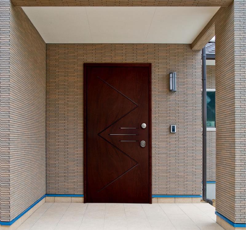 Efm legno al sicuro con stile pannelli per porte - Porte blindate esterno prezzi ...