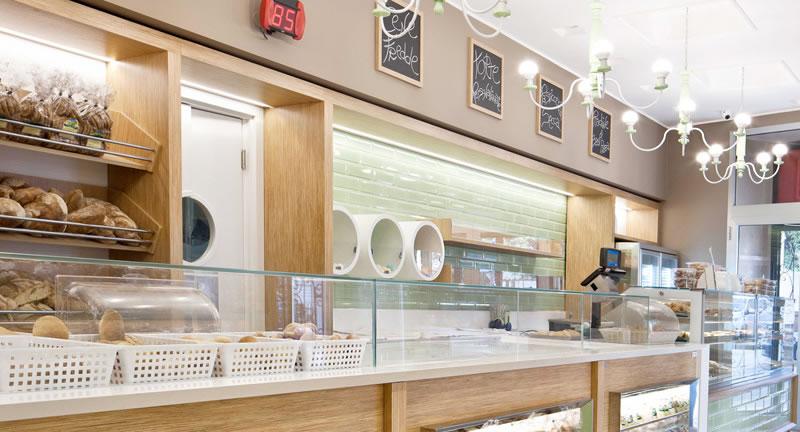 Amato Officine 900: Arredamento Bar su misura – p+A design VS95