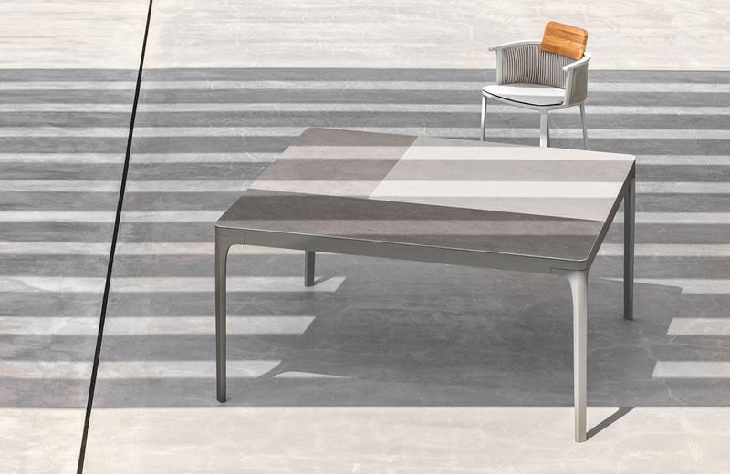 Tavoli Da Giardino Risparmio Casa : Linee grafiche e stile contemporaneo per i tavoli da giardino