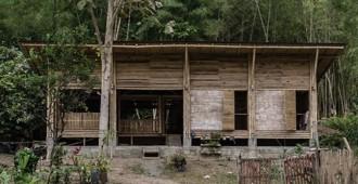 Ecuador: Casa Convento - Enrique Mora Alvarado