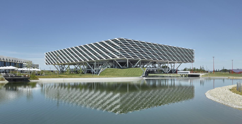Alemania: Adidas World of Sports Arena - Behnisch Architekten