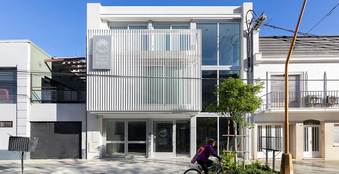 Argentina: Oficinas ACA, Asociación de Cooperativas Argentinas - Arrillaga Parola Arquitectos