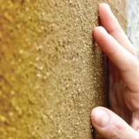 Terra cruda: l'intonaco eco per bioedilizia