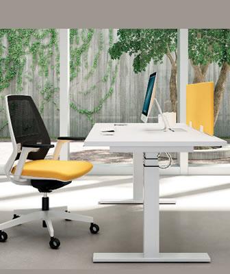 Lavoro in ufficio: l'importanza di scrivanie e sedute
