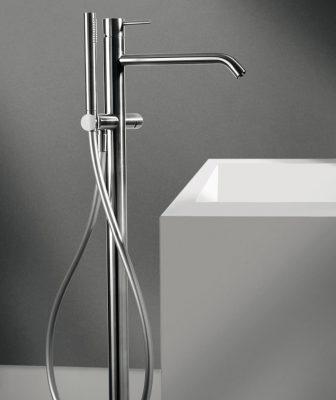 CleoSteel di Fir Italia. La collezione di rubinetteria e i soffioni doccia in acciaio inossidabile AISI 316L