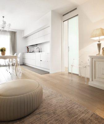Le porte Syntesis® Line di Eclisse scelte per un'elegante abitazione a Conegliano