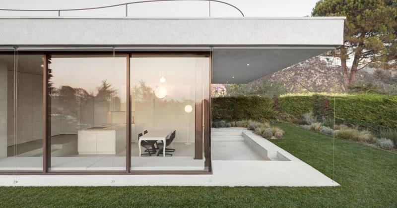 Pedevilla Architects + Finstral x una casa vacanza a Bardolino